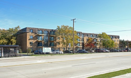Sunset Lakes Apartments Justice Illinois